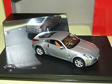 NISSAN 350 Z ou FAIRLADY Z Gris J-COLLECTION 1:43