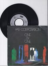 """Far Corporation, One by one, VG/VG+ 7"""" Single 0986-4"""