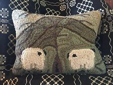 Pillow 12 X 16 Primitive Wool (46%) Hooked Pillow with insert-Sheep