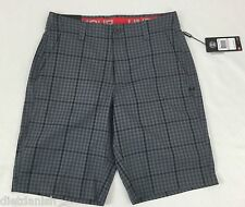 Under Armour Men's Athletic Shorts Loose Heat Gear Grey Plaid NWT Size 30