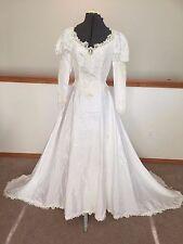 Unbranded wedding dress white v-neck 3/4 sleeve beaded ball gown duchess
