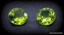 Peridot Round Faceted 7mm 2.40ct pair / Peridot Rund Facettiert 7mm 2.40ct paar