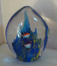 """BLUE GLASS CONTROLLED BUBBLES FISH PAPERWEIGHT 4.5"""" LARGE"""