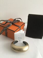 HERMES 'JULIA' MUTED GOLD LEAF ON WOOD BANGLE - NEW IN BOX