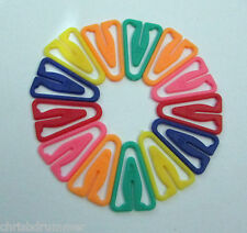 200 Plastic Paper Clips 35mm, Assorted Colours, Non-Magnetic, Ref: 21C1303