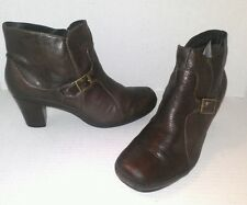 Clarks SZ 7 1/2 M Brown Leather Zippered Ankle Boots Gf9