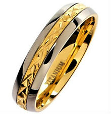 Plain TITANIUM RING BAND with Gold Plated Engravings, size 5 - NEW - in Gift Box