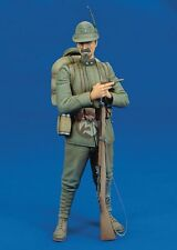 Royal Model 1/16 Italian Alpine Soldier from Alpini Corps w/Rifle & Pipe WWI 216