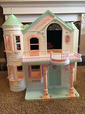 VINTAGE BARBIE DOLL DREAM HOUSE VICTORIAN MANSION DOLL HOUSE W/ WORKING ELEVATOR