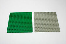 Lot of 2 Thin 16 x 16 Baseplates From Vintage Lego Set 6355 – Green & Light Grey