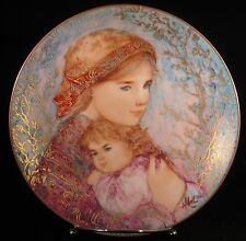 "Collector Plate ""Emily and Jennifer"" 1986 issue ""Hibel Mother's Day Collection"""