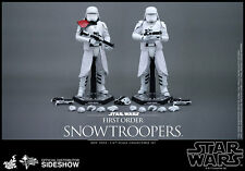 Hot Toys Star Wars FIRST ORDER SNOWTROOPERS SET OF 2 Sixth Scale Figures MMS323
