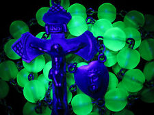 """† W@W! SCARCE ANTIQUE STERLING URANIUM GLOWING VASELINE GREEN GLASS ROSARY 29"""" †"""