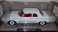 1/18 HIGHWAY 61 1964 DODGE 330 STAGE III MAX WEDGE WHITE gd