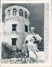 1948 Col & Mrs Wall of Daytona Beach at Their White Castle Press Photo