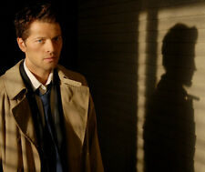 Misha Collins UNSIGNED photo - G655 - Supernatural