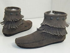 Minnentonka Women Gray FESTIVAL Suede Leather DOUBLE FRINGE Ankle Boot 8.5 1/2