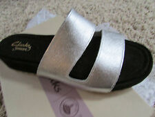 NEW CLARKS ZELBY ZEST SILVER SLIDE SANDALS WOMENS 6 STYLE:15600  FREE SHIP