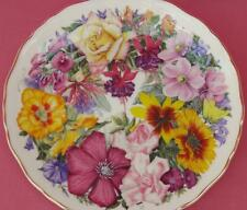 ROYAL ALBERT BIRTHDAY BOUQUET FLORAL PLATE A BOUQUET FOR THE QUEEN MOTHER BOXED