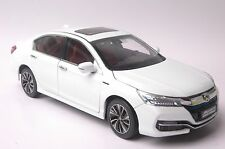 Honda Accord Sport Hybrid 2016 car model in scale 1:18