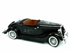 Solido 1934 Ford V8 Deluxe Roadster Black  1:19 scale Diecast Metal Model Car