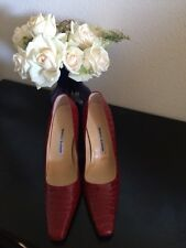 NEW W/O BOX MANOLO BLAHNIK VERO CUOIO RED LEATHER CLASSIC PUMPS~SZ.40 (B,M)
