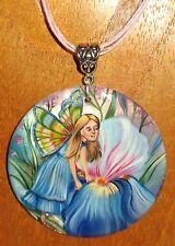 Ruso Pintado A Mano De Hadas De Flores Niña Azul Iris Shell Colgante Gorbachova Firmado