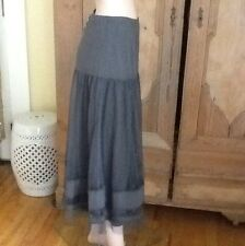 """Lunn by Lilith """"Camaieu Limaille Jupe"""" Gray-Green Skirt Net Tulle NWT L"""