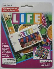 The Game of LIFE  KEYCHAIN 1998 Hasbro Basic Fun Inc NEW in Package