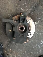 VW TRANSPORTER T4 1.9 DIESEL 1996 NEARSIDE FRONT HUB AND BEARING