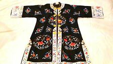 EARLY 20c CHINESE FORBIDDEN STICHES WOMAN SILK EMBROIDERED  ROBE W/FLOWERS