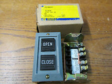 NEW NOS Square D 9001BG207 Pushbutton Station Open Close Series A 600V