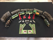 Lionel Train Set 262 Engine w/ Tender, Caboose & various cars, switches and misc