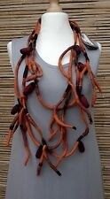ZUZA BART*DESIGN HAND MADE AMAZING 100% WOOL BEAUTIFUL QUIRKY NECKLACE*RUST*
