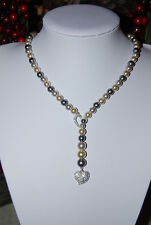 VINTAGE NRT GRAY & WHITE FAUX PEARL STRAND NECKLACE & SILVER TONED METAL HEARTS