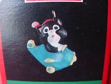 1991 HALLMARK KITTENS in TOYLAND kitty cat PILOT in airplane miniature ORNAMENT