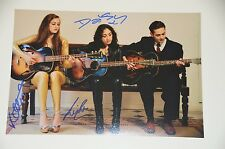 Kitty, Daisy & Lewis signed 20x30cm Foto , Autogramm / Autograph in Person ..