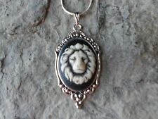 LION'S HEAD (HAND PAINTED) CAMEO NECKLACE!! LION HEAD, FELINE, CAT, BIG CAT