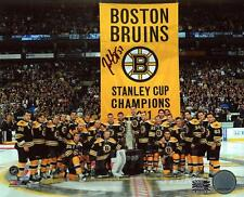 Patrice Bergeron Boston Bruins Signed Autographed 2011 Banner Night Team 8x10