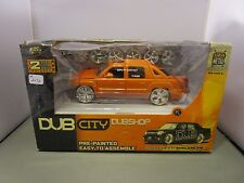 JADA 1/24 DUB CITY *VHTF ORANGE* 2001 CHEVY AVALANCHE TRUCK *DAMAGED BOX*