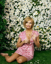 Chenoweth, Kristin [Pushing Daisies] (33113) 8x10 Photo
