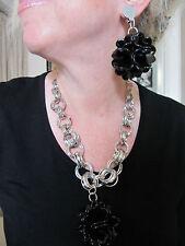 PARURE look design,  collier + boucles d'oreille clips, métal & plastic noir