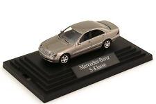 1:87 Mercedes-Benz S-Klasse 2003 W220 MOPF cubanitsilber - Dealer-Ed. OEM Wiking