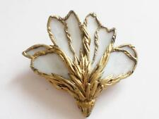 VINTAGE ARTISAN MADE GOLD TONE MOTHER OF PEARL SHELL PETAL FLOWER LILY BROOCH