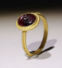 LOVELY ANCIENT ROMAN GOLD INTAGLIO RING - CIRCA 2ND-3RD CENTURY AD