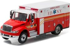 Greenlight 33070-C 2013 International Durastar Ambulance FDNY 1:64 Scale Diecast