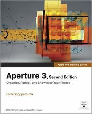 Apple Pro Training Series: Aperture 3 by Apple, Dion Scoppettuolo, with DVD EUC
