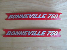 60-4148 TRIUMPH BONNEVILLE 750 RED/SILVER SIDE COVER PANEL BADGE DECAL (PR)