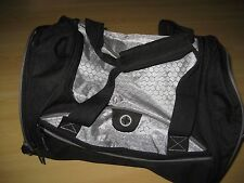 LEEDS Black Gray DUFFEL BAG Gym Tote Carry On Travel Mesh Med Size EUC SPORT