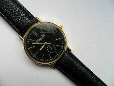 Smart  Black and Gold Faced Quartz Watch Black Leather Strap